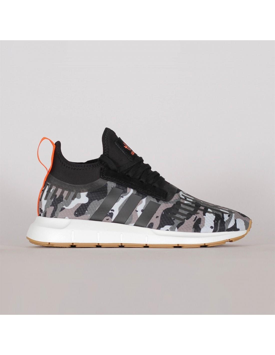 836483b8a2a9a Adidas Originals Swift Run Barrier Black Cam B42234